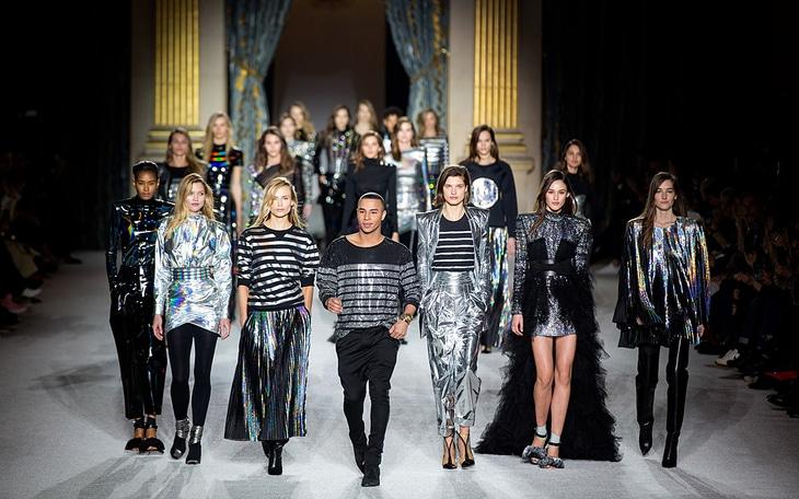 La prochaine Fashion Week de Paris se tiendra en juillet, entièrement en ligne !