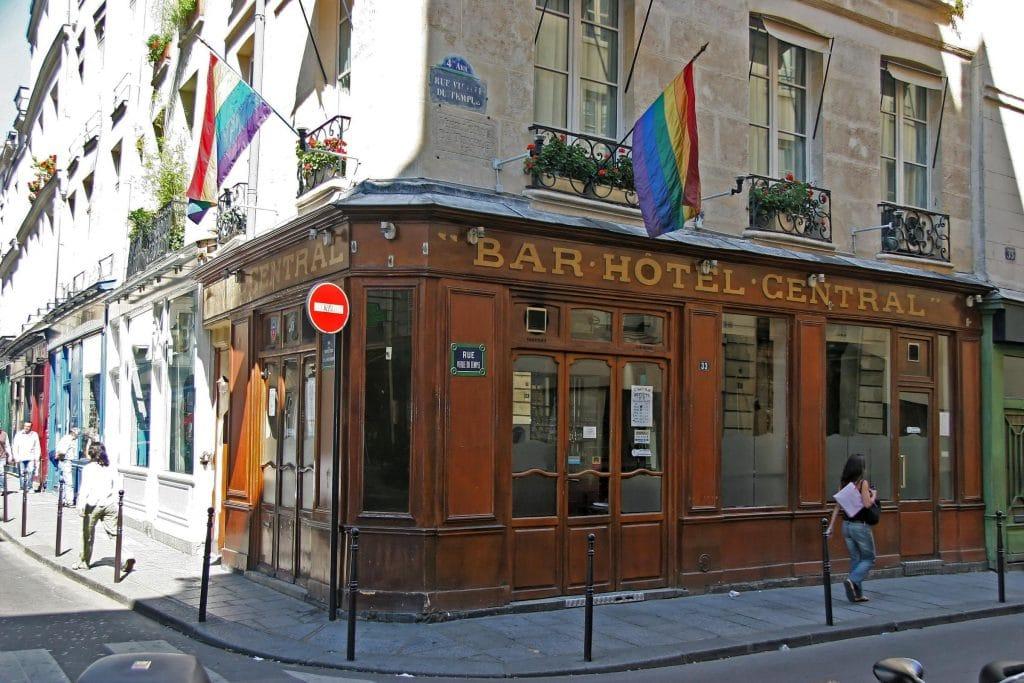 Pride : L'histoire du désormais disparu Central, plus ancien bar gay du Marais