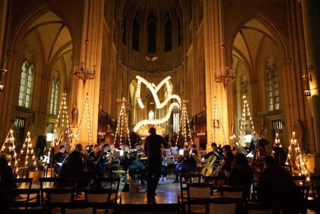Paris : des concerts classiques d'exception éclairés aux bougies avec le Chœur de Paris !