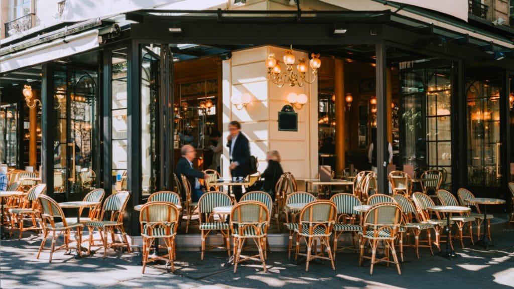 Paris : les restaurants et cafés rouvrent totalement dès aujourd'hui !