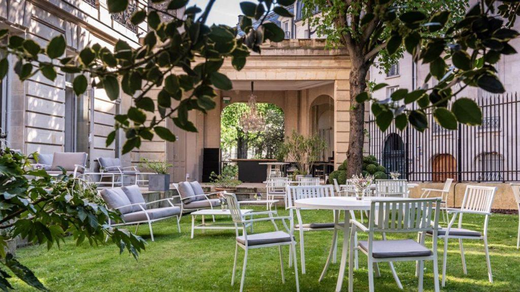 Les terrasses les plus atypiques de Paris pour cet été !