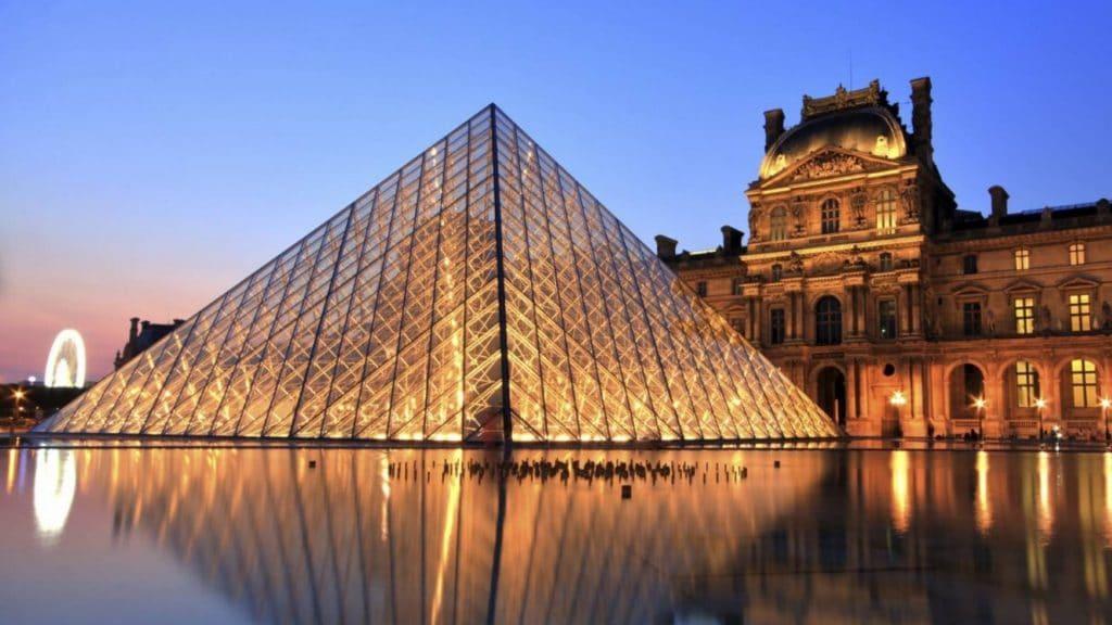 Le Louvre annonce la date de sa réouverture prochaine !