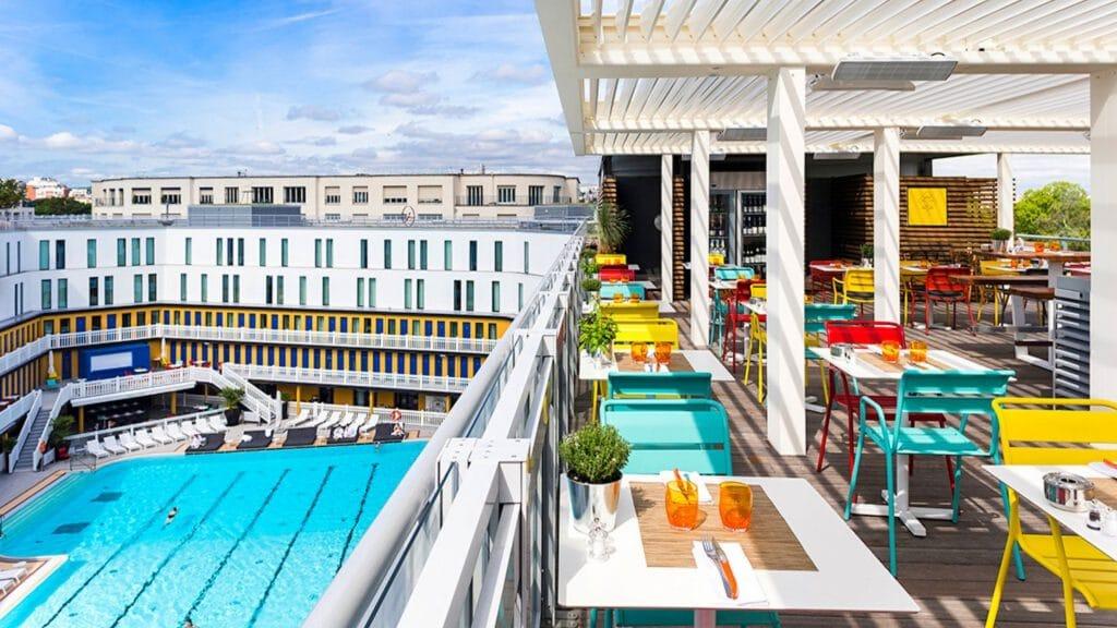 Hôtel, rooftop… le célèbre complexe Molitor rouvre ses portes à Paris !