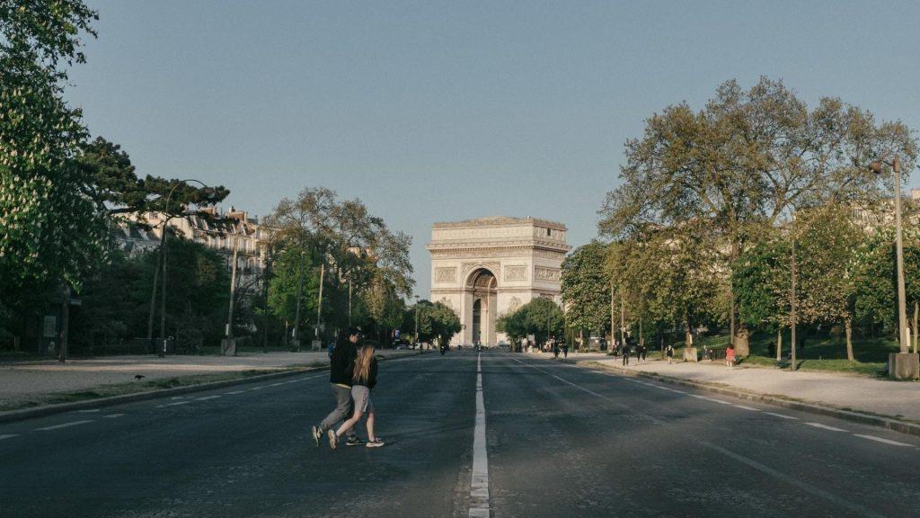 Cet été 2020, un Paris vidé de ses touristes habituels !