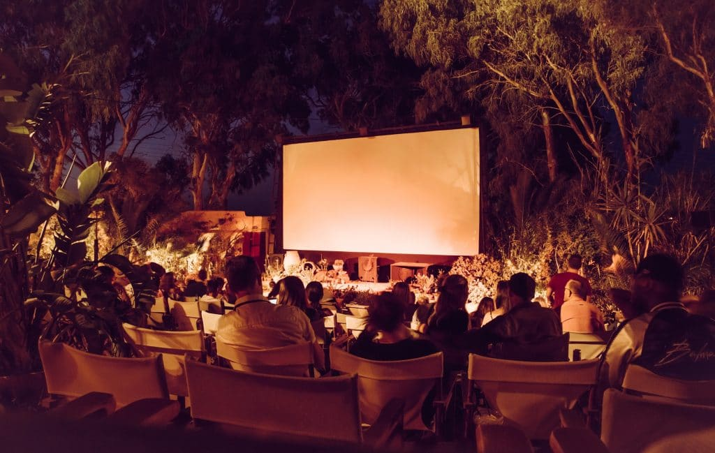 Évènement : un nouveau cinéma en plein air GRATUIT débarque à Paris en juillet !