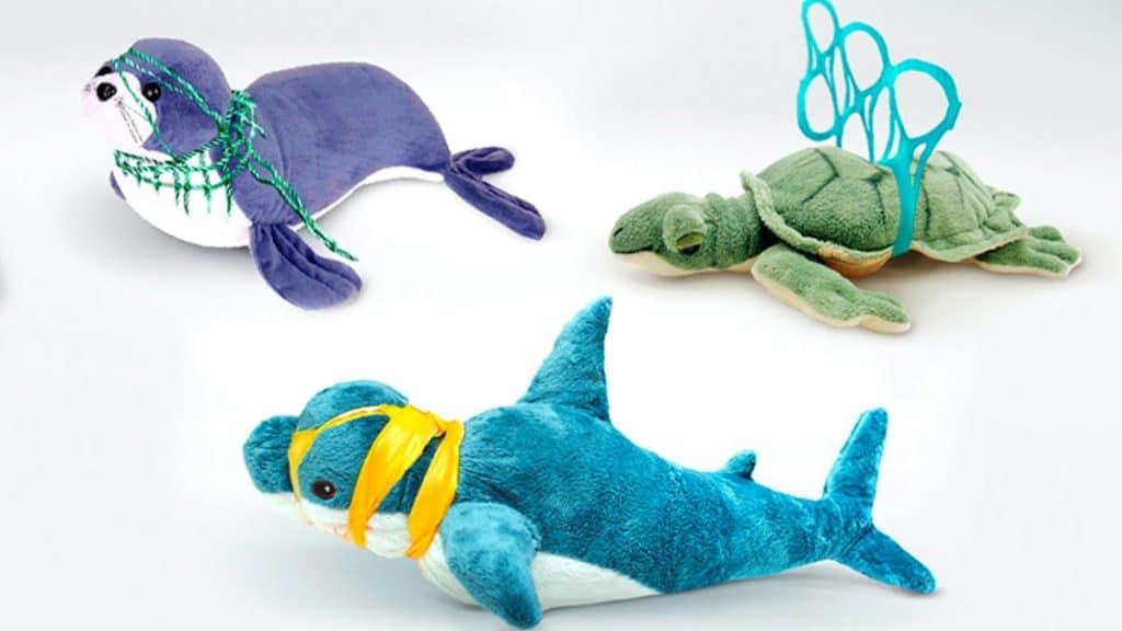 Des peluches IKEA pour sensibiliser à la pollution plastique !