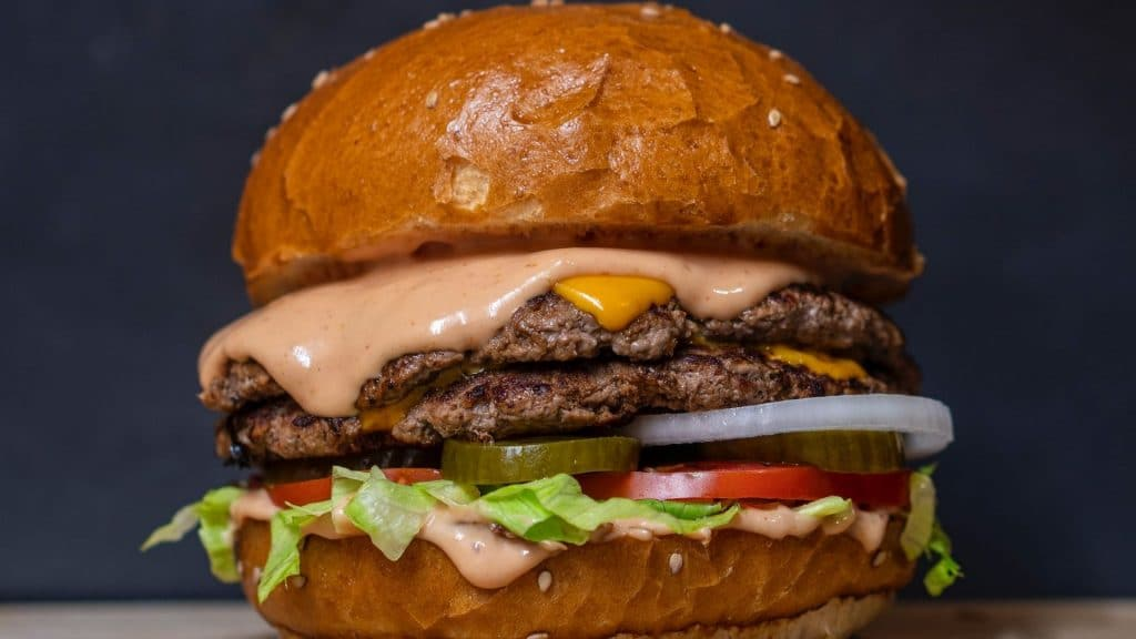 «Mangez et cassez-vous», le restaurant de burgers à moins de 3€, fermé à cause de son succès !