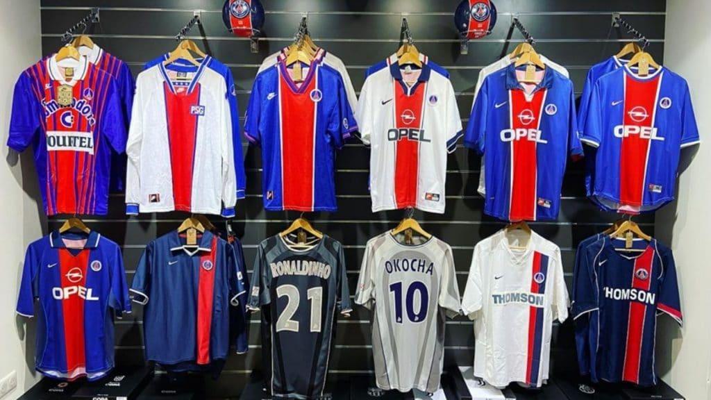 Hashtag Paris : Une boutique de maillots de foot vintage à Paris !