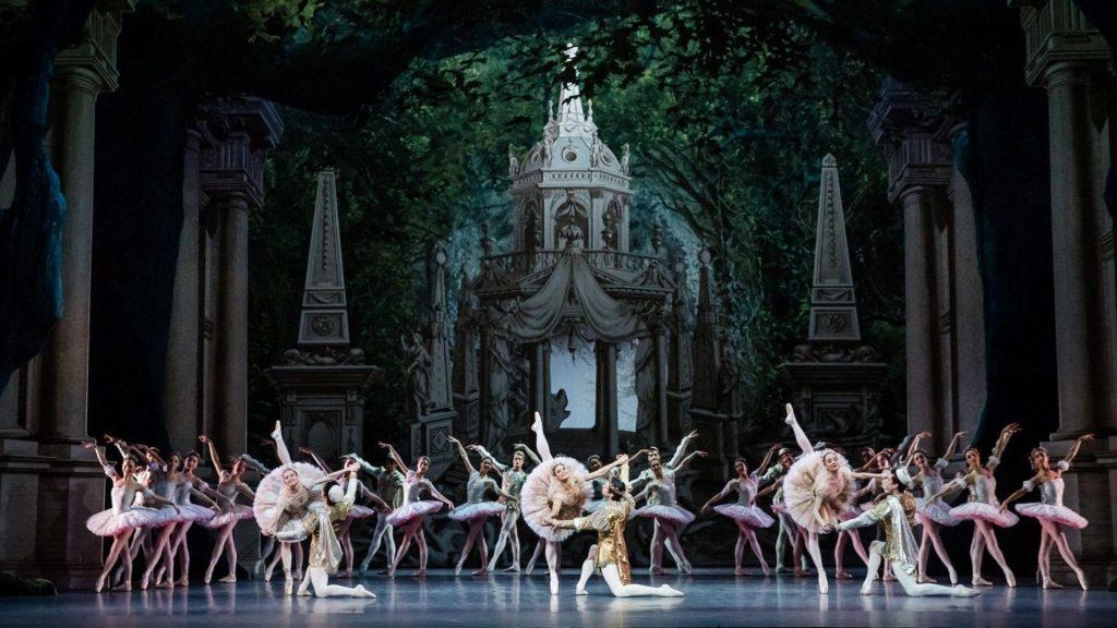 «Opéra d'Été» : des projections d'œuvres de l'Opéra de Paris en plein air !