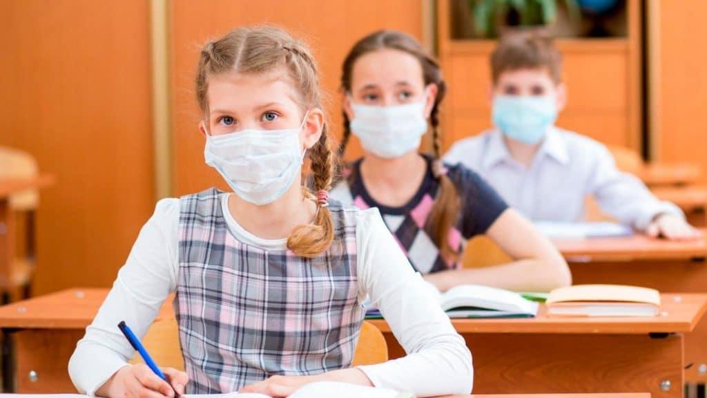 Rentrée 2020 : le détail des protocoles sanitaires allégés dévoilés !