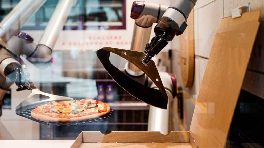 paris pizza robot pazzi