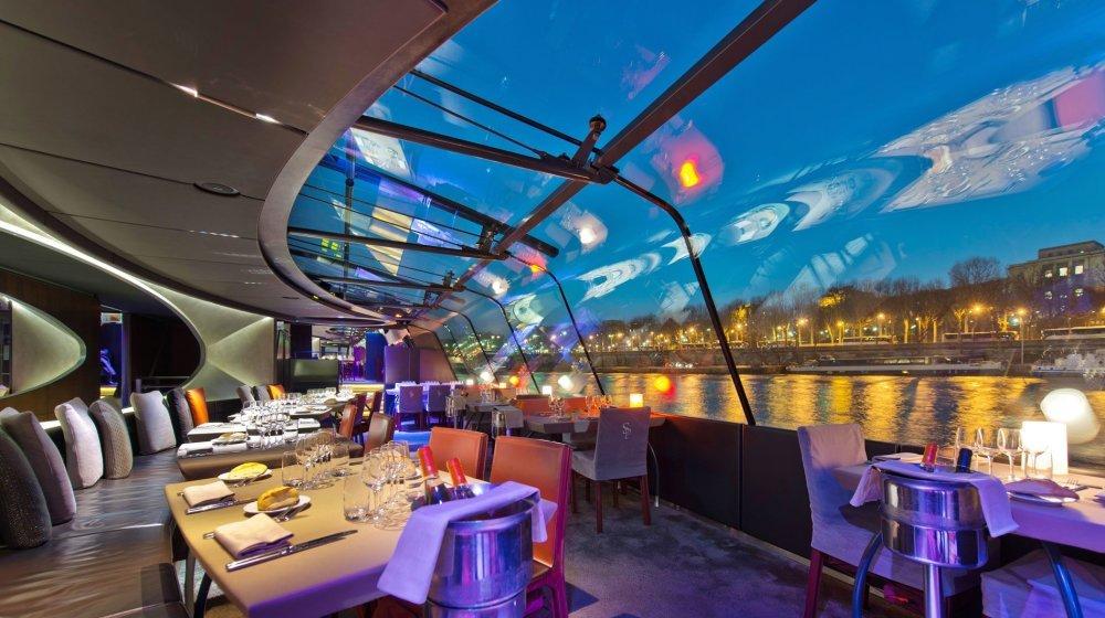 peniche diner paris bateaux parisiens