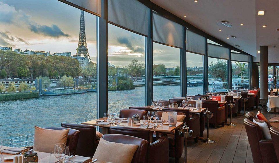 Les meilleurs déjeuners et dîners en péniche à faire à Paris !