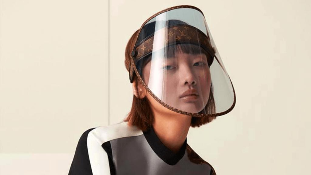 Coronavirus : Louis Vuitton conçoit une visière de protection à 800 € !