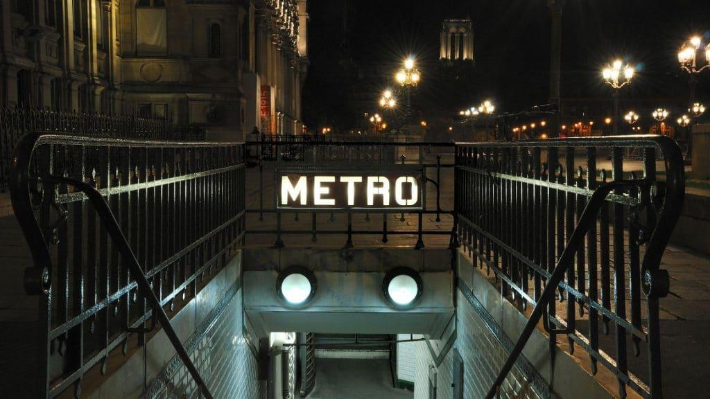 nuit blanche paris ratp métro tram bus gratuit art contemporain expo 2020