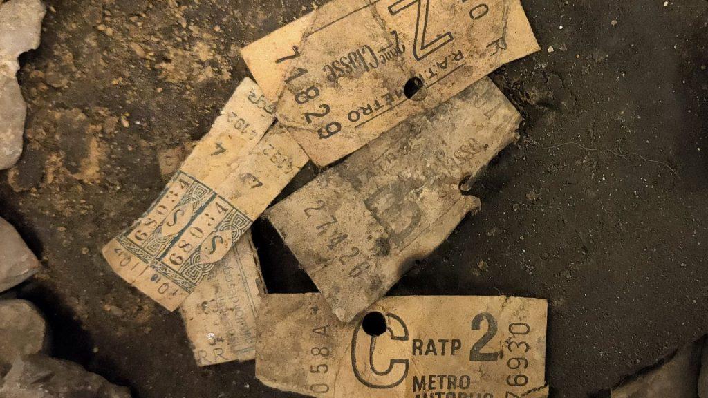 Insolite : Des tickets de métro vieux de plus de 70 ans retrouvés à Paris !