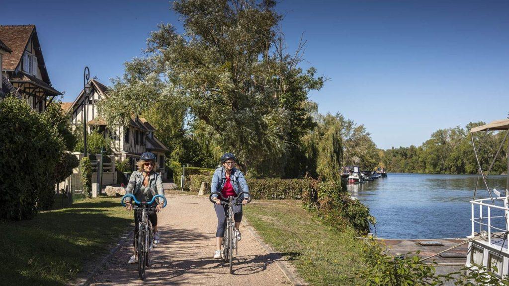 Une nouvelle piste cyclable relie Paris aux plages du Havre ou de Deauville !