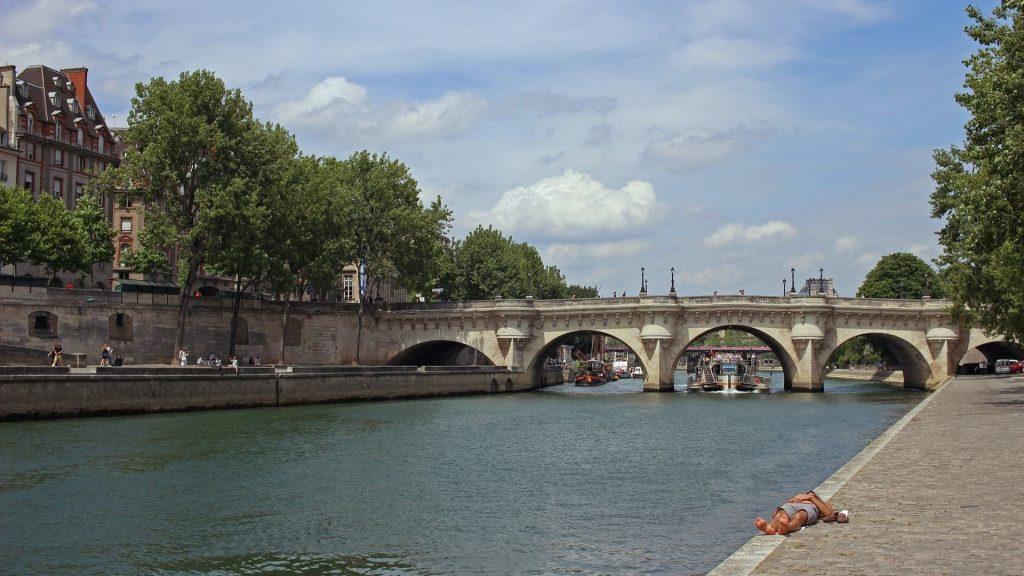 Sera-t-il possible de se baigner dans la Seine en 2024 ?