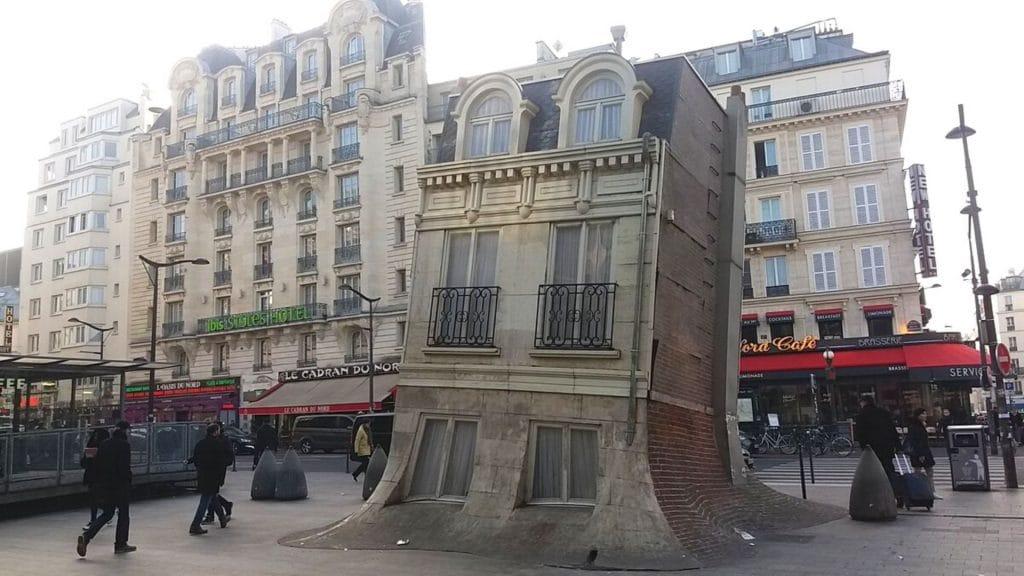 maison fond paris gare du nord sculpture cop21