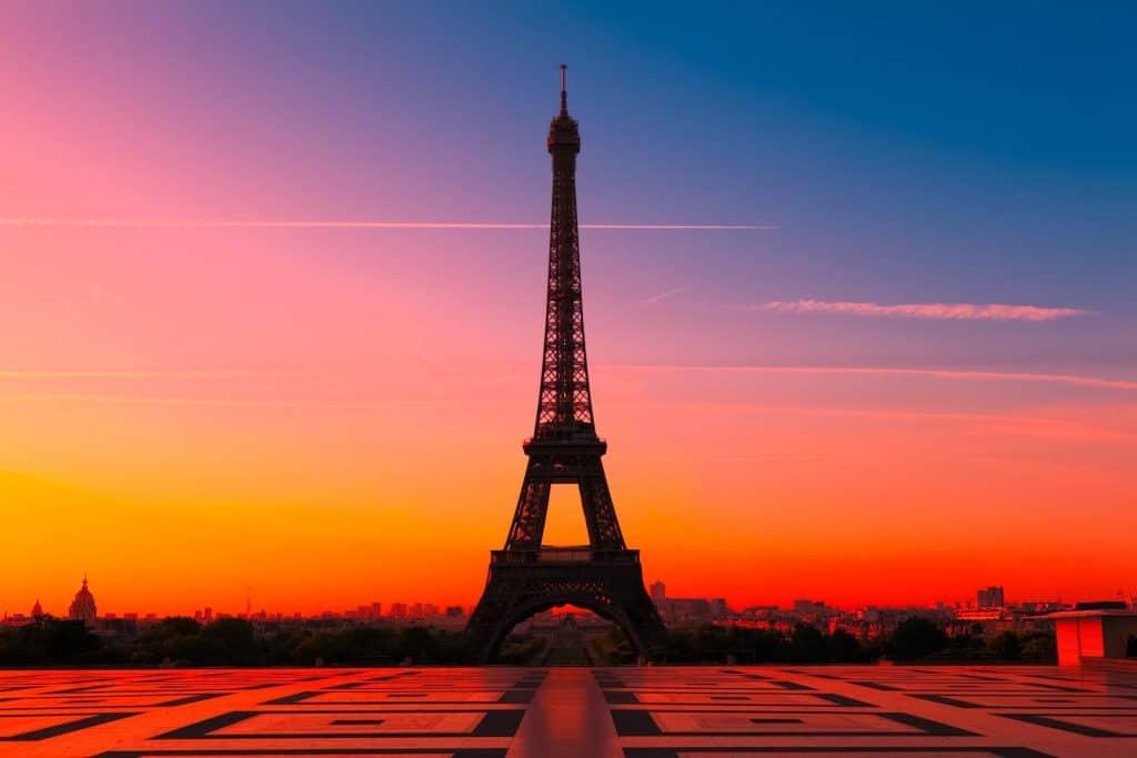 Coronavirus : Paris passe en «zone d'alerte maximale» !