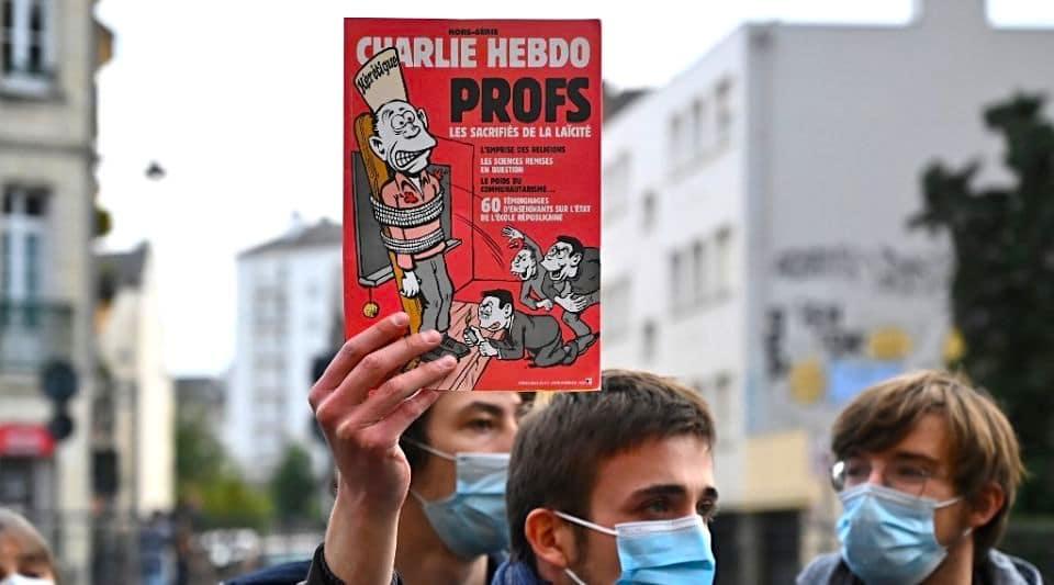 Assassinat de Samuel Paty : un livre de caricatures bientôt distribué dans tous les lycées de France !