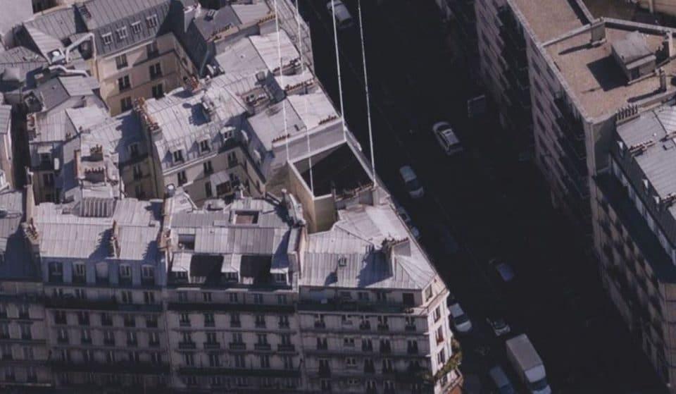 Savez-vous ce qu'il se cache derrière les fausses façades parisiennes ?