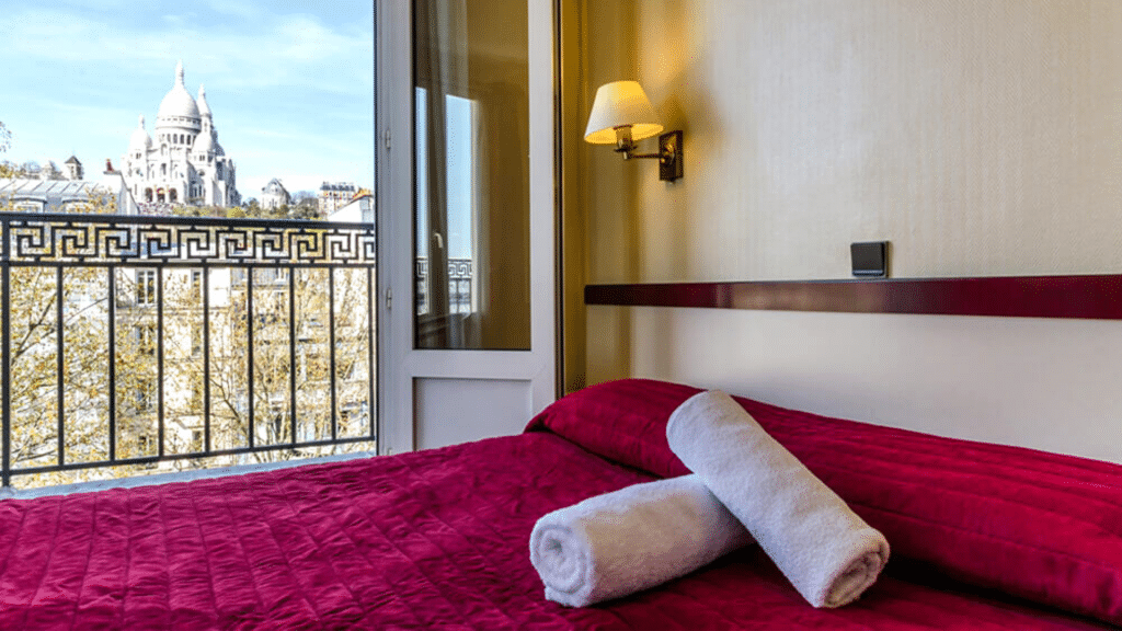 Hôtel Avenir 42 chambres sans-abris Montmartre Emmaüs