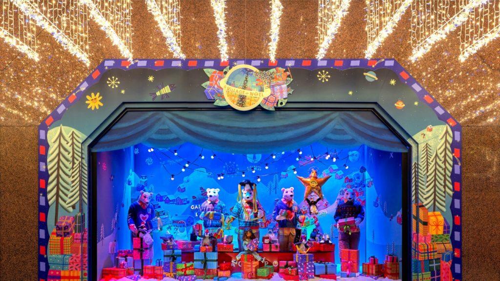 En images : les fabuleuses vitrines de Noël des Galeries Lafayette se dévoilent !