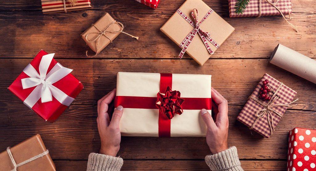 Le Top des idées cadeaux de Noël 2020 pour surprendre ses proches !