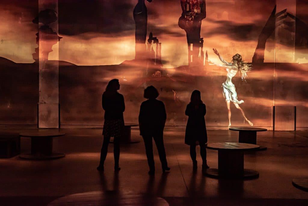 Dali Atelier des Lumières Paris voyage immersif 3 avril 2021