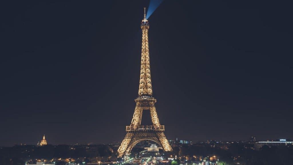 tour eiffel nuit interdiction photographie illuminations sete pierre bideau