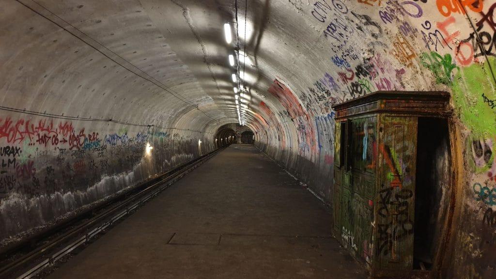 stations métro fantômes abandonnées paris fermées urbex