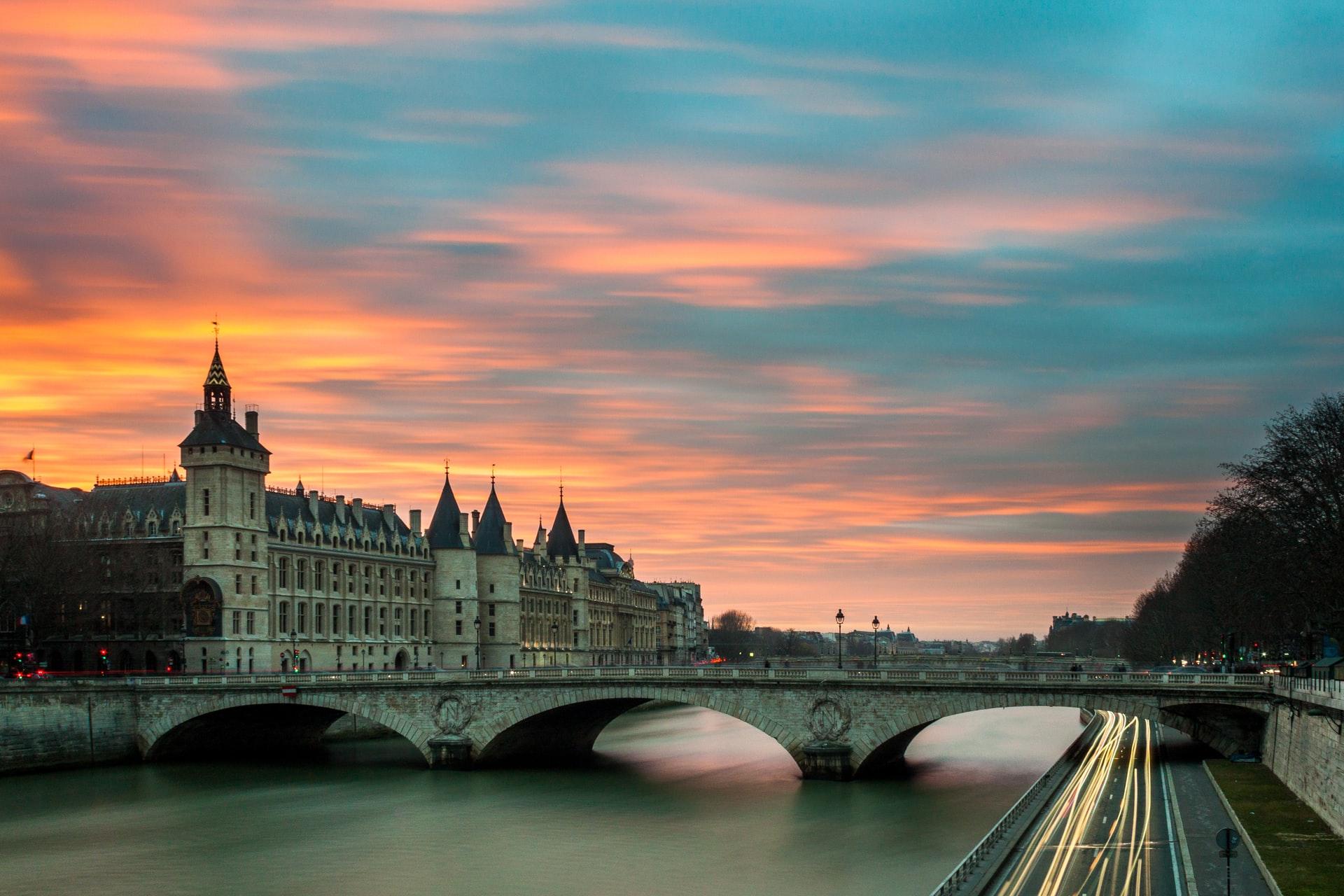visites virtuelles ponts paris histoire seine