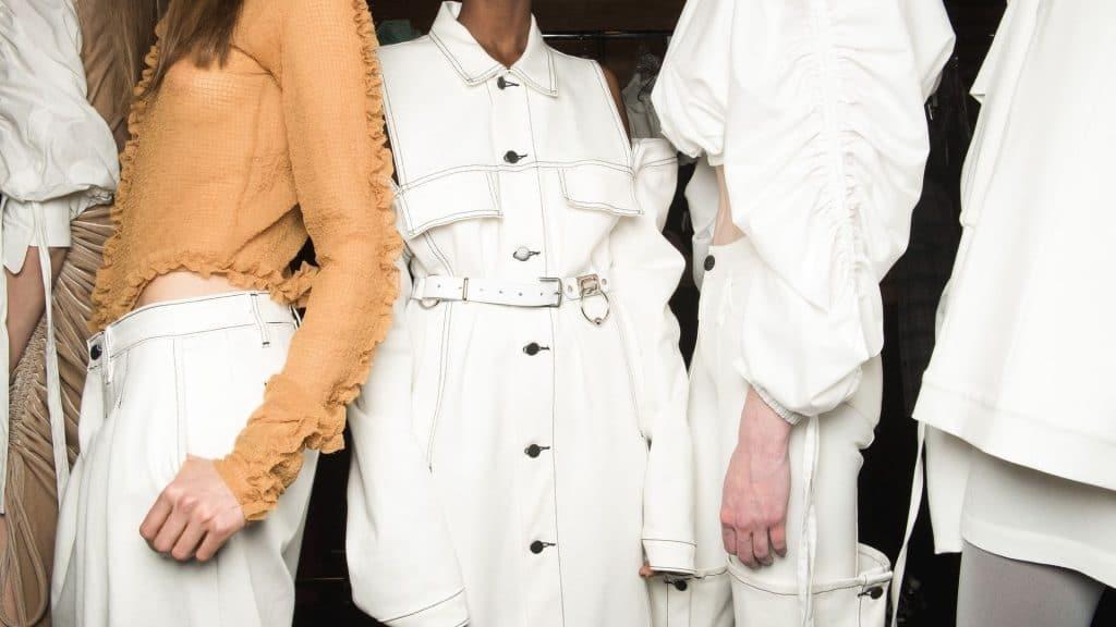 fashion week paris virtuelle défilé en ligne janvier 2021 haute couture mode