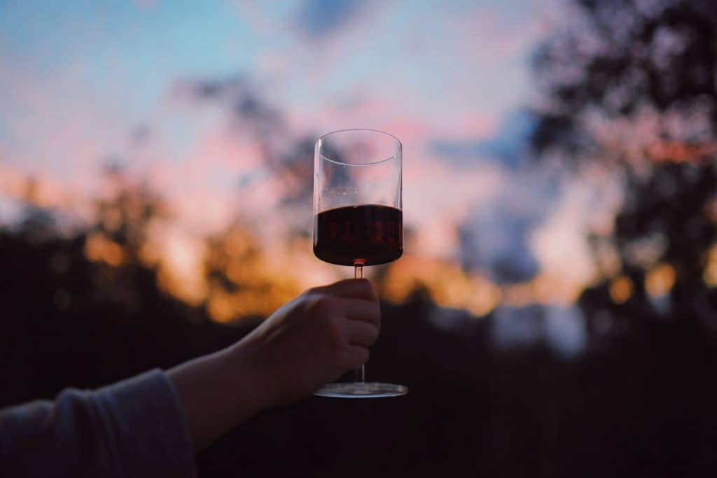 vin - bordeaux - bordelais - bouteilles - cru - espace - station iss - scientifique - voyage - odyssée