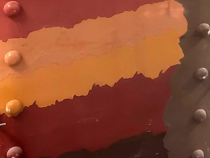 couches peinture tour eiffel ancien couleur or rénovation jo 2024