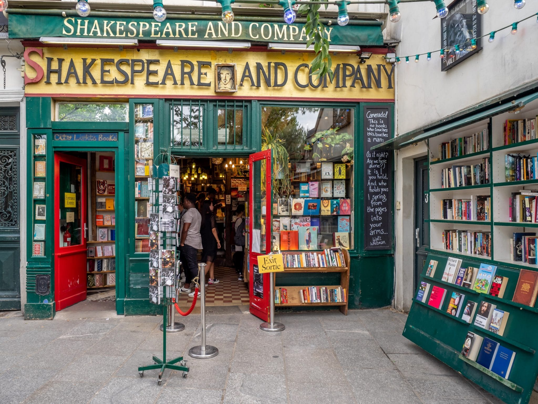 shakespeare and co bookstore paris librairie anglaise anglophone anglosaxonne