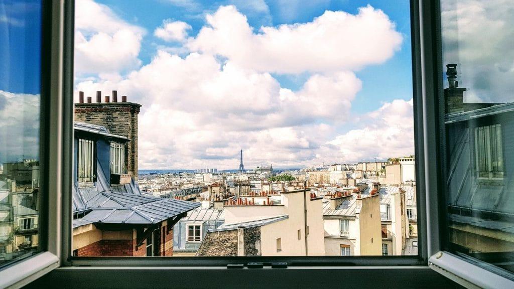 immobilier paris prix en baisse loyers locations appartements meublés