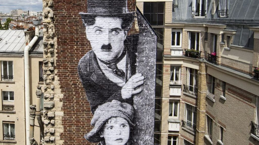 charlie chaplin paris le kid jr oeuvre street art cinéma mk2 paradiso hotel