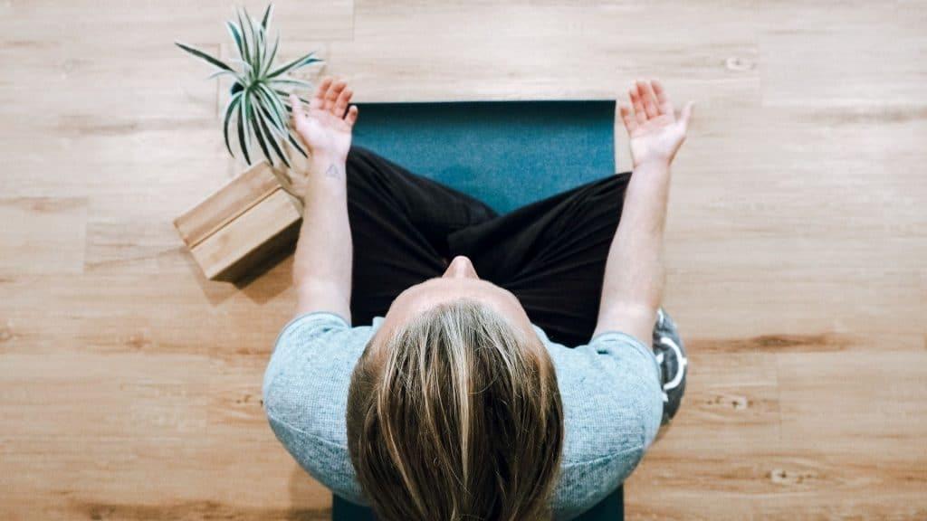 yoga en ligne à domicile cours bien-être détente