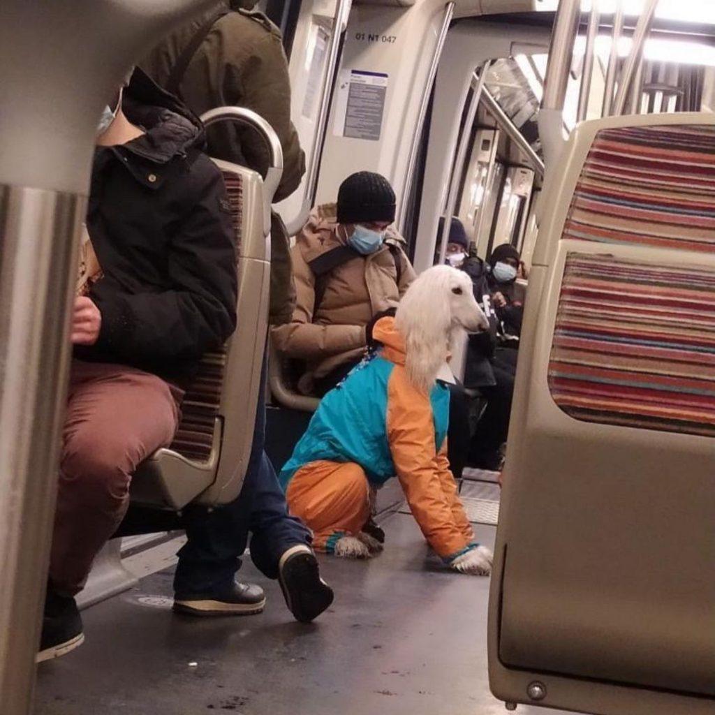 Compte Instagram Les gens dans le métro situations insolites métro Paris