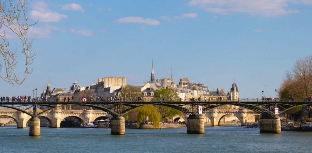 Ponts à Paris : les anecdotes et les secrets