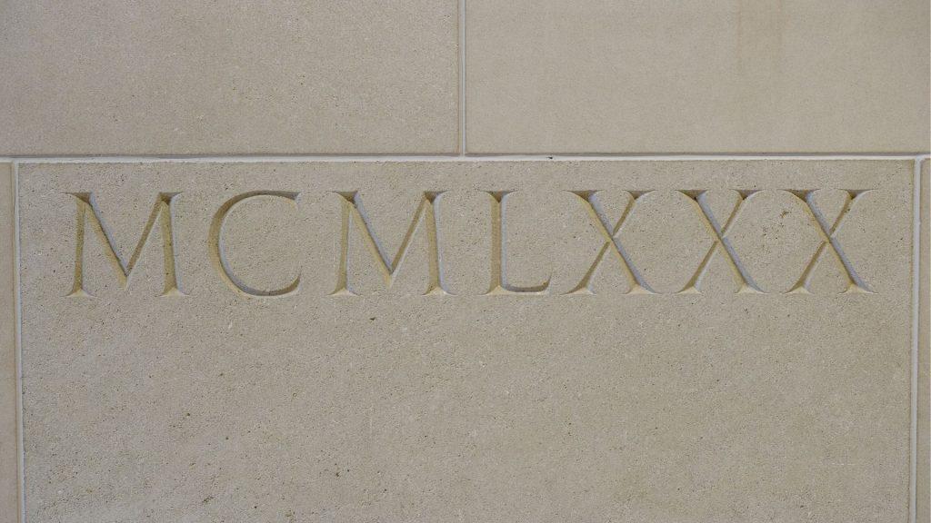 chiffres romains musée culture retrait