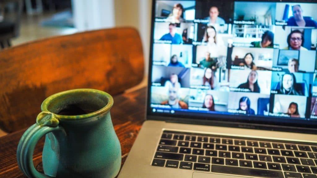zoom escaper réunions sabotage conférences audio