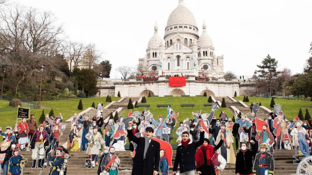 La Commune de Paris 150 ans Dugudus 50 communards taille réelle Butte Montmartre Paris