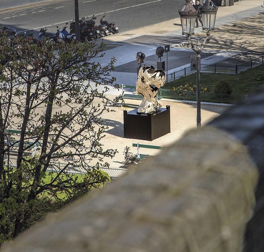 Paris expo en plein air 5 sculptures bronze dont 1 monumentale s'installent Place du Louvre