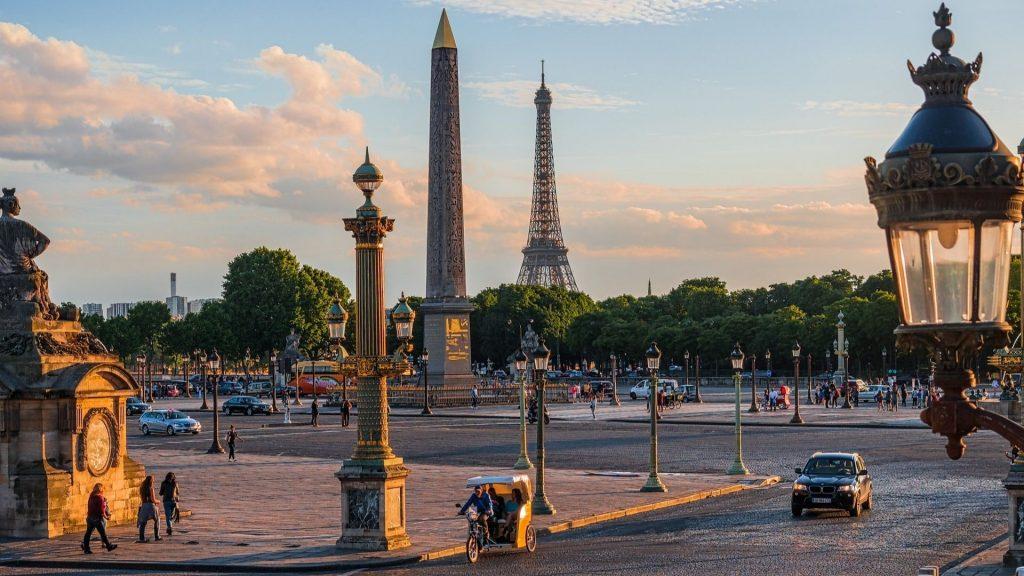 Découvrez l'histoire et les secrets des places de Paris !
