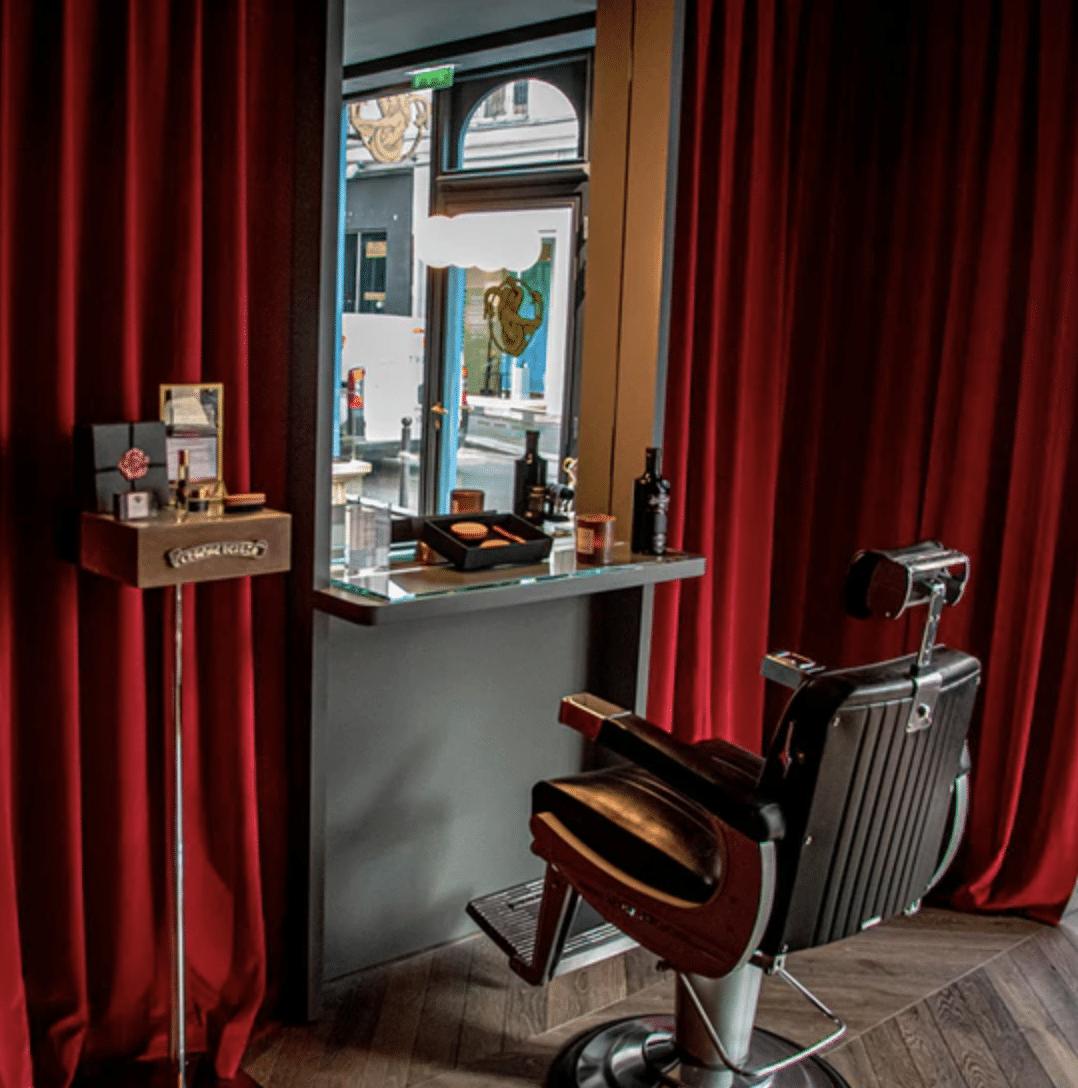 Expérience soins de luxe avec petit-déjeuner chez Le Barbier des Voyeurs