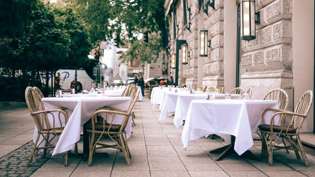 terrasses printemps été déconfinement paris rues piétonnes