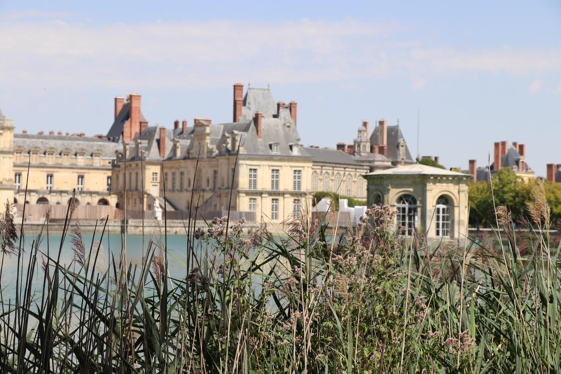 chateau de fontainebleau escapade weekend paris scooter troopy